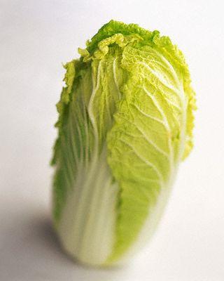 Для приготовления ким-чи лучше брать пекинскую капусту