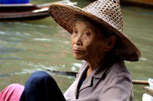Больше всего долгожителей среди тех. кто питается рисом и рыбой