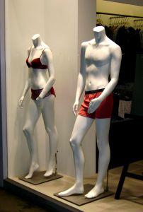 на манекене нижнее белье всегда смотрится бесподобно, а вот на собственную фигуру подобрать его непросто