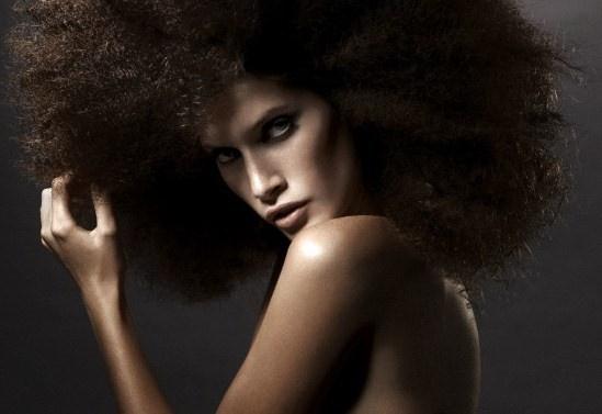 Как придать волосам объём
