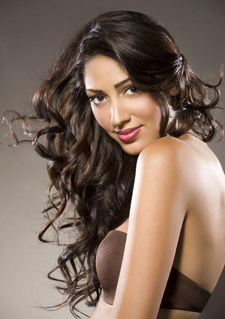 Как сделать ламинирование волос независимо в домашних условиях