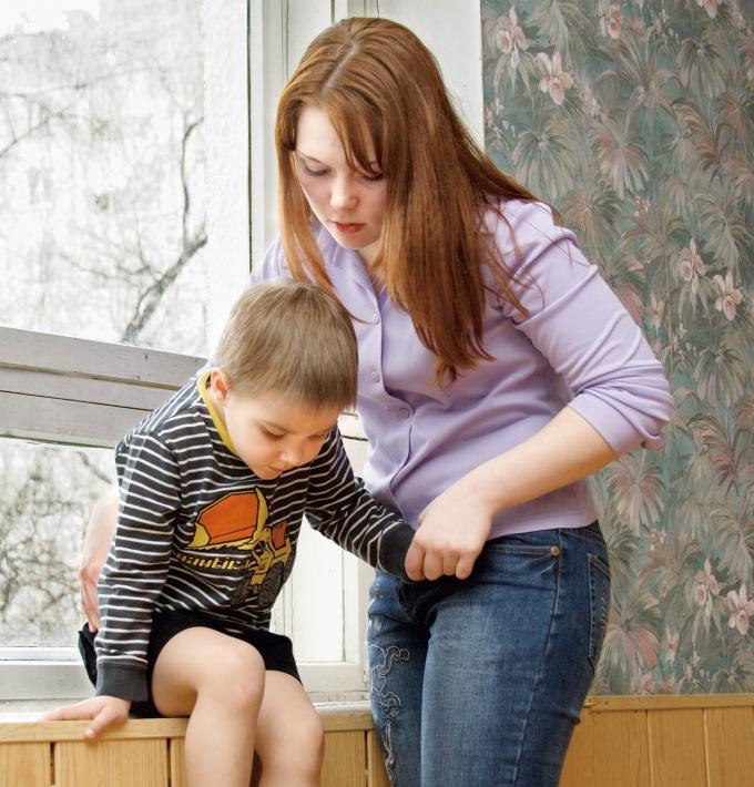 Как убрать из свидетельства о рождении отца