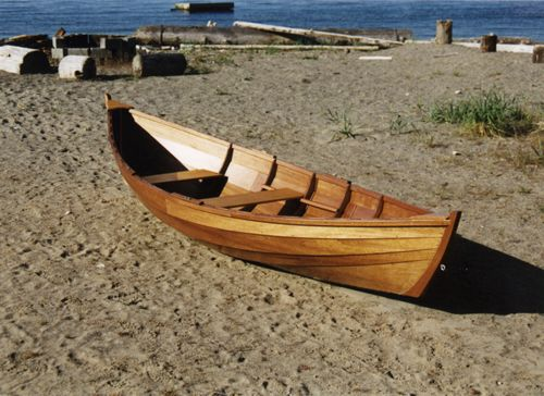 How to make a wooden boat yourself