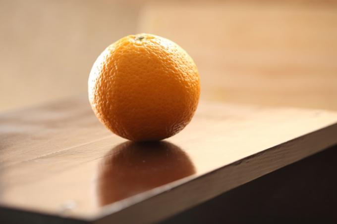 Вернуть благородный блеск полированной мебели очень просто