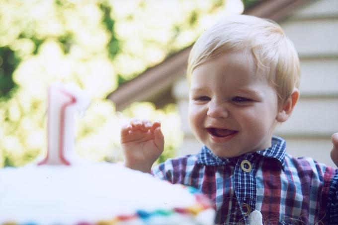 Как отметить годик ребенку