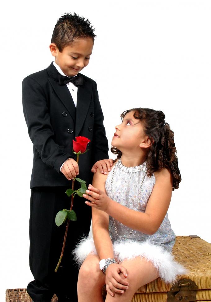 Как поздравить любимую с 8 марта