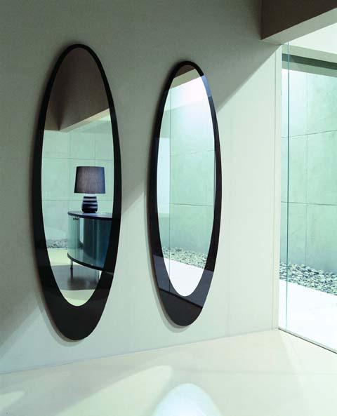 Как закрепить зеркало на стене