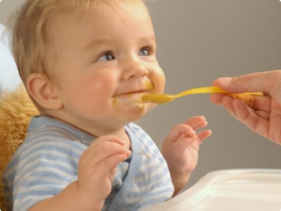 Как вводить прикорм на искусственном вскармливании