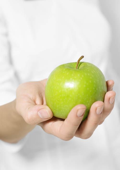 Яблочный и виноградный <strong>уксусы</strong>