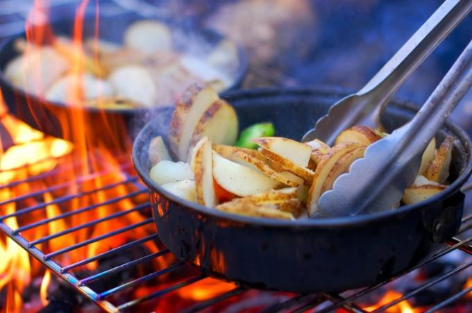 Картошка - один из главных продуктов в рационе многих людей
