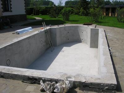 Как построить бассейн на <b>даче</b>