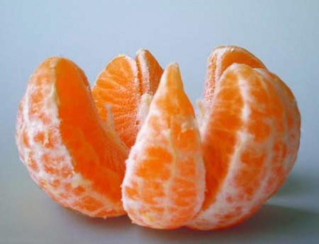Доли апельсина
