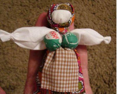 Как сделать куклу-<strong>оберег</strong>
