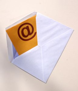 How to send photos by email