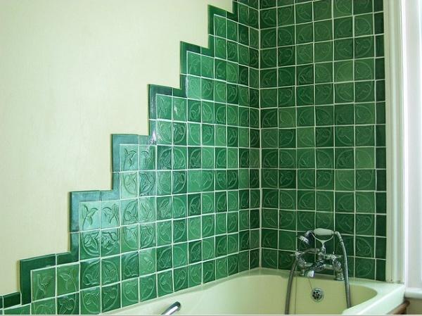 Положить плитку мозаику в ванной своими руками