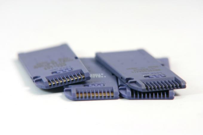 Как выбрать для фотоаппарата карту памяти