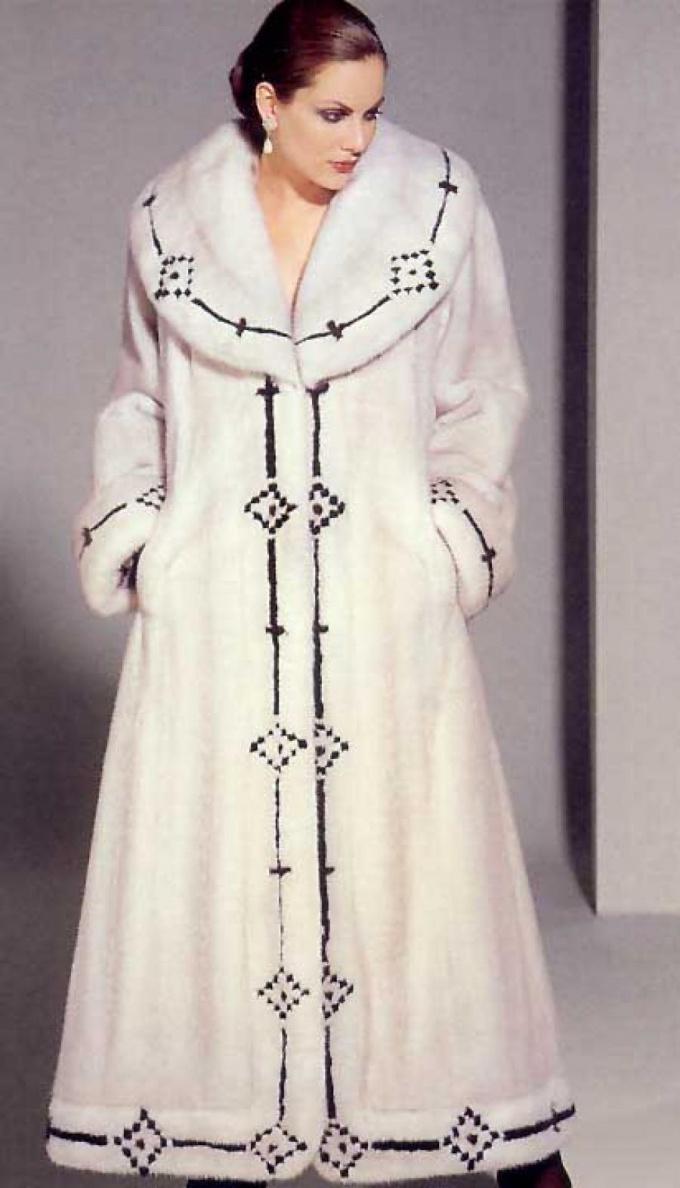 Шуба - роскошная и необходимая вещь женского гардероба