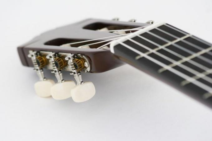 Гитарный гриф