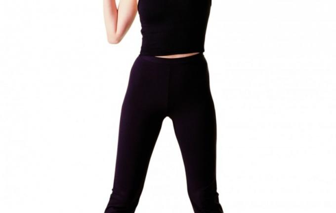 Регулярные тренировки помогут убрать дряблый живот.