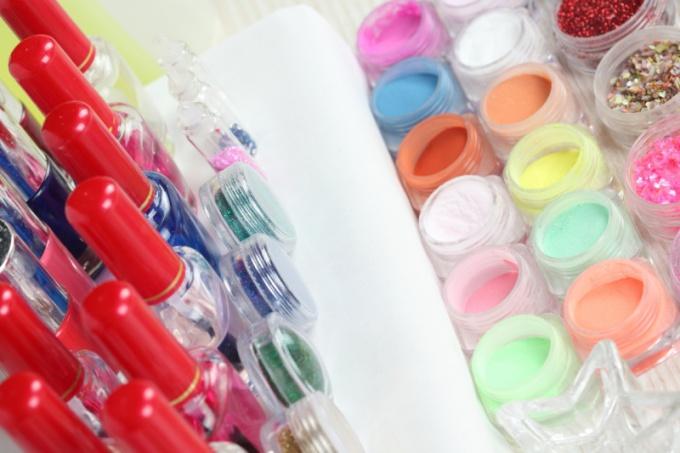 Дизайн ногтей - востребованная процедура в салонах красоты
