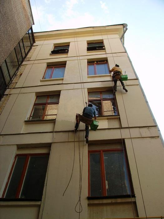 Как покрасить фасад