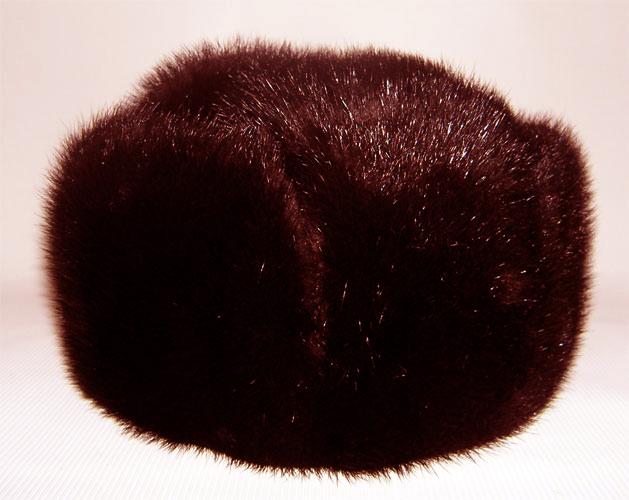 Чем почистить голубую норковую шапку в домашних