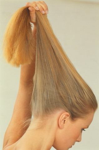 Как вернуть свой естественный цвет волос