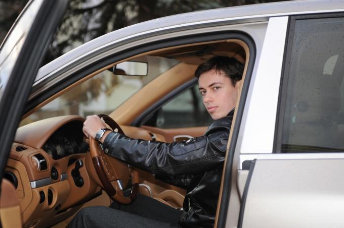 Как нанимать водителей