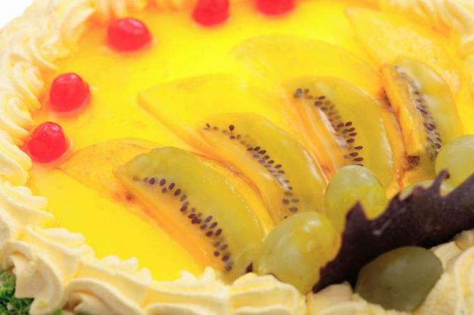 Как заливать торт желе