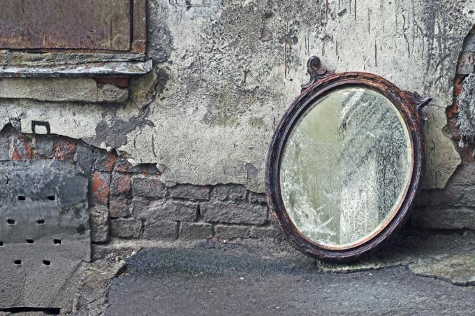 Как выкинуть зеркало