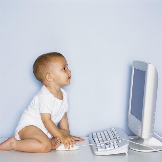 Предоставление ребенку безграничного доступа к интернету может вам выйти боком