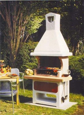 How to build a barbecue with your <b>hands</b>