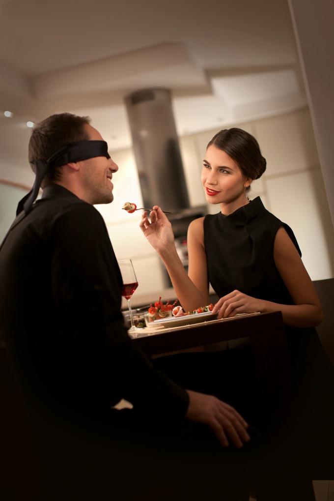 Ужин-сюрприз наверняка порадует вашу половинку.