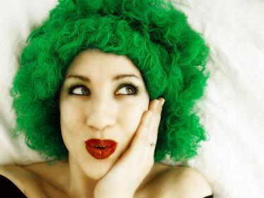 Как убрать зелёный оттенок волос