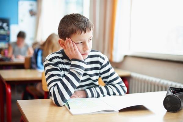 Успевать в школе - тяжелый труд.