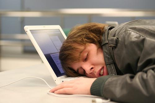 для того, чтобы заставить мозг работать, надо дать ему отдохнуть
