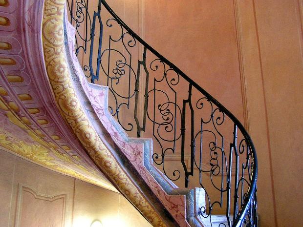 Как сделать винтовую лестницу