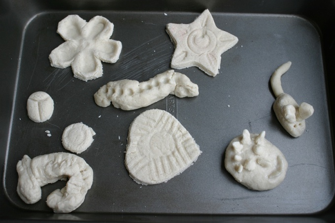 How to dry salt dough