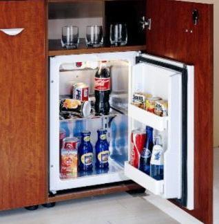 Как установить встроенный холодильник