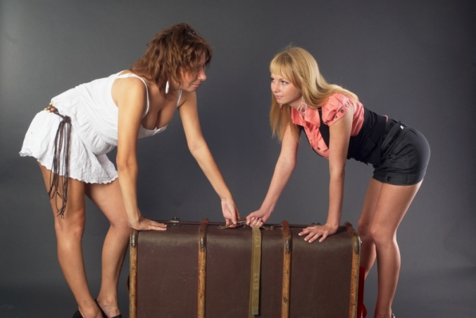 Correctly assembled the Luggage will help keep your clothes and mood in good shape.