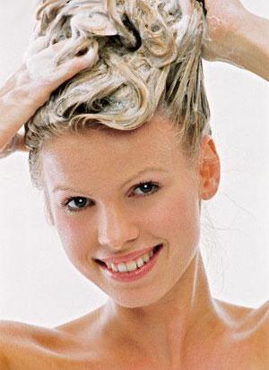 Как убрать желтый оттенок волос