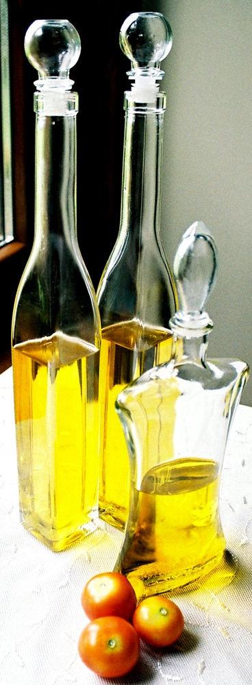После отбеливания и дезодорирования <strong>масло</strong> становится ярким и прозрачным