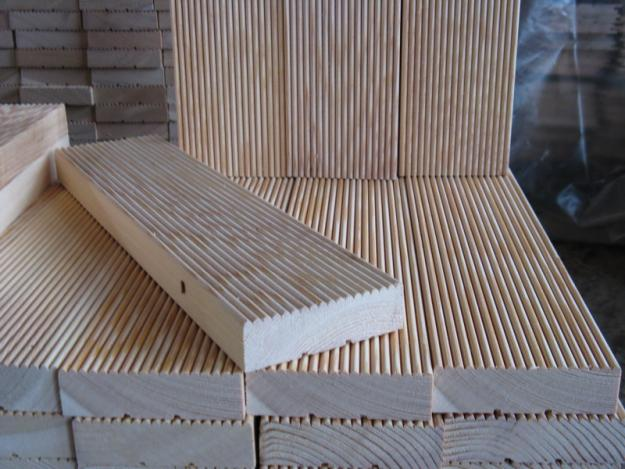 Cot for dolls can be made of boards