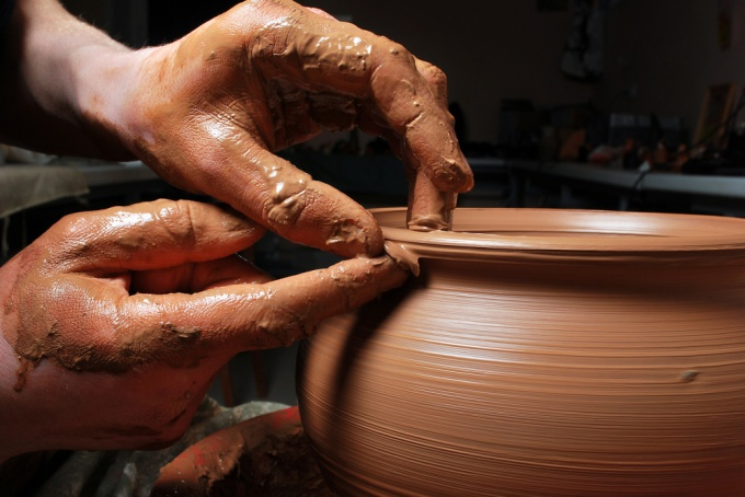 Как сделать изделие из глины