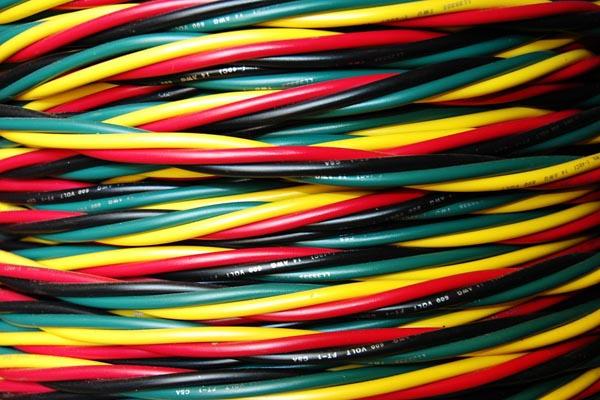 Как проложить кабель по <b>квартире</b>