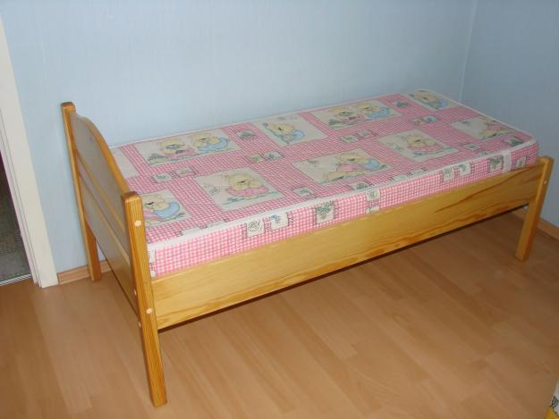 Как сделать кровать для ребёнка своими руками