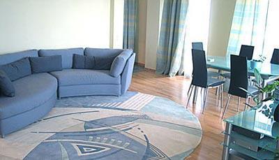 Как разместить <strong>мебель</strong> в <b>квартире</b>