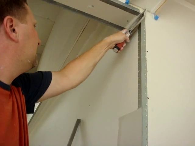 How to make a drywall corner