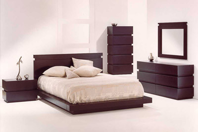 Как расположить <strong>мебель</strong> в <b>спальне</b>