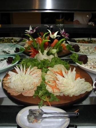 Как сделать из овощей цветы